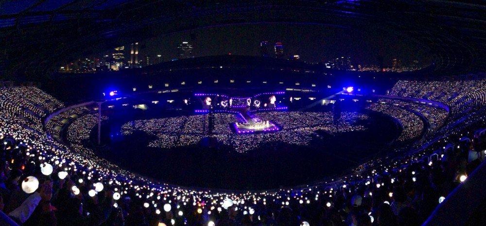 Эти спецэффекты на концерте BTS в Сеуле заставили АРМИ рыдать ...